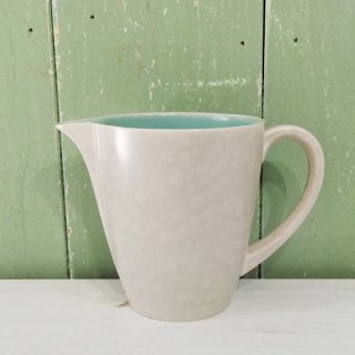 <img class='new_mark_img1' src='https://img.shop-pro.jp/img/new/icons12.gif' style='border:none;display:inline;margin:0px;padding:0px;width:auto;' />【訳アリ】Poole Pottery 「Ice Green & Seagull Jug」スリムタイプ