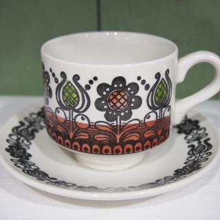 Broadhurst 「ROMANY C&S」 Kathie Winkle design