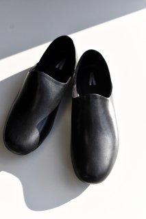 AUTTAA ルームシューズ OVIE STUDIO Limited Black