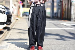 YANTOR Slab Linen 3 tuck pants dark navy