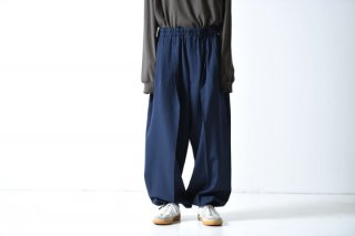 ESSAY WIDE BALLOON SLACKS blue