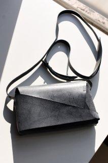 所作 Shoulder Bag black