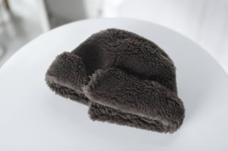 KAIKI ムートンロシアン帽 chacoal