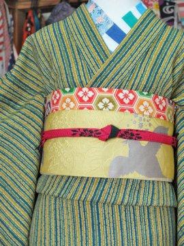 *1割引* 単衣仕立てのウールの着物 ☆☆☆ 【B/R/W】  (64/152/45) やたら縞 中古