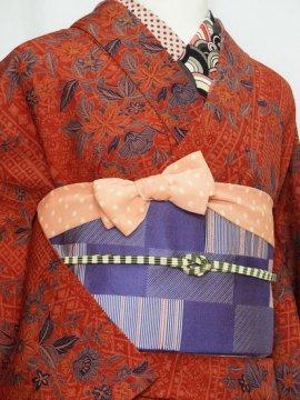 単衣仕立てのウールの着物 ☆☆☆ 【C/R/W】 (65/155.5/47) 植物紋 更紗風 中古
