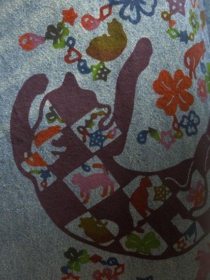 ≪販売終了≫ 巡MEGURU×紅若菜コラボ 紅型デニム着物 「市松猫」 Lady's 【紅型染め屋紅若菜】-
