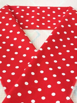 綿 カットクロスの半衿 赤白ドット
