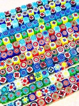 ガラスビーズの羽織チェーン キューブ
