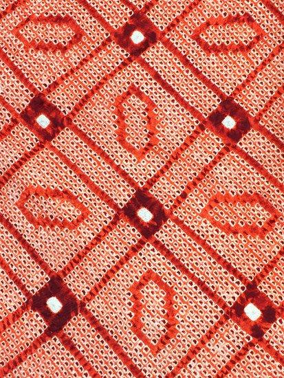 正絹 羽織 ★★★★ 【D】 (67/79/47)絞り 格天井 業平菱 中古-