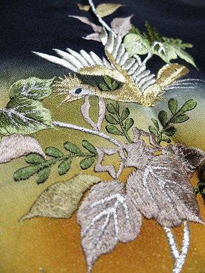 【素材・衣装】正絹 袷の黒留袖 ★★★★ 【C/R/W】 (66/156/53) 鳳凰 桐 総刺繍 -