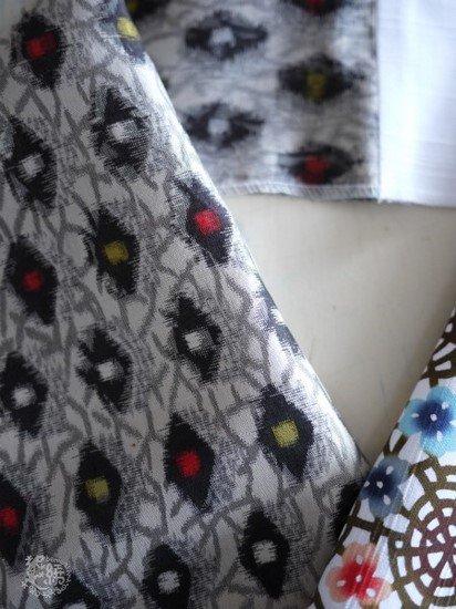 《販売終了》 ふだんきもの杏×紅若菜 コラボ半衿  「蜘蛛の巣にカタバミ」 ☆☆☆☆☆ 【紅型染め屋 紅若菜】 -