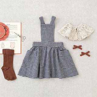 soor ploom hariet pinafore picnic cloth