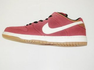 NIKE SB DUNK LOW-TEAM RED