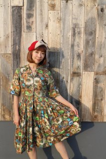 <img class='new_mark_img1' src='https://img.shop-pro.jp/img/new/icons25.gif' style='border:none;display:inline;margin:0px;padding:0px;width:auto;' />1950's flower green cotton dress ワンピース antique 結婚式 衣装