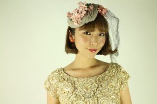 <img class='new_mark_img1' src='//img.shop-pro.jp/img/new/icons14.gif' style='border:none;display:inline;margin:0px;padding:0px;width:auto;' />1940's vintage pink flower Hat ヘッドドレス antique 結婚式