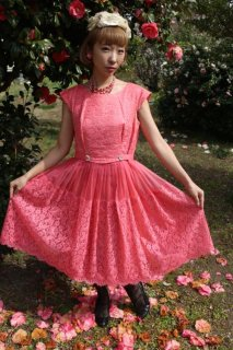 <img class='new_mark_img1' src='https://img.shop-pro.jp/img/new/icons14.gif' style='border:none;display:inline;margin:0px;padding:0px;width:auto;' />1950's pink vintage dress レース ヴィンテージ ドレス ワンピース 結婚式
