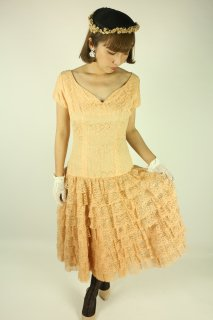 <img class='new_mark_img1' src='https://img.shop-pro.jp/img/new/icons14.gif' style='border:none;display:inline;margin:0px;padding:0px;width:auto;' />1940's vintage lace dress pink 結婚式 ヴィンテージ アンティーク Lilly Diamond of california