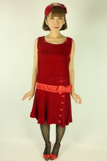 <img class='new_mark_img1' src='https://img.shop-pro.jp/img/new/icons14.gif' style='border:none;display:inline;margin:0px;padding:0px;width:auto;' />1960's red ribbon dress velvet 1920's flapper style アンティーク ヴィンテージ ワンピース