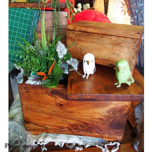 サマン無垢材の木箱