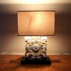 木彫りテーブルランプ アンティーク