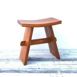<img class='new_mark_img1' src='https://img.shop-pro.jp/img/new/icons5.gif' style='border:none;display:inline;margin:0px;padding:0px;width:auto;' />TEAK SOLID STOOL