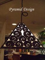 ブリキ&布ピラミッドペンダントランプ