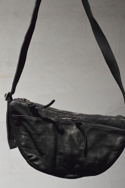 ISAMU KATAYAMA BACKLASH Shoulder Colollng Product 92-16 BLACK