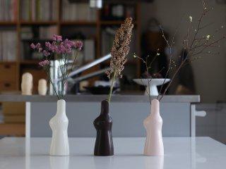 鹿児島睦 ウサギの花器 Rabbit Flower Vase