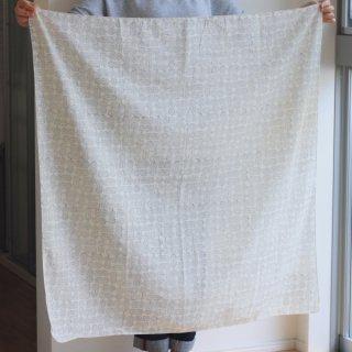 鹿児島睦 木版プリントのスカーフ