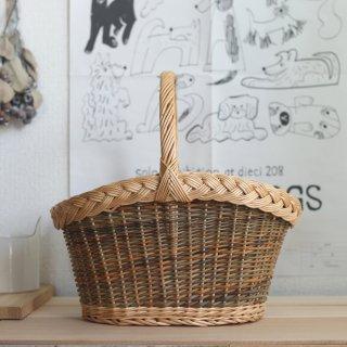ラトビアの手仕事 ヤナギの縁飾り編みかご