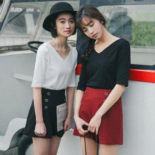 シンプルデザインのVネックトップス カジュアル ガーリー 着心地が良い デート服 通勤服