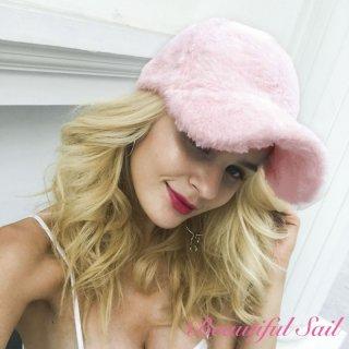 【大特価】3色展開 ピンク グレー ブラック フェイクファーキャップ フラッフィーファー ベースボールキャップ 帽子 通販