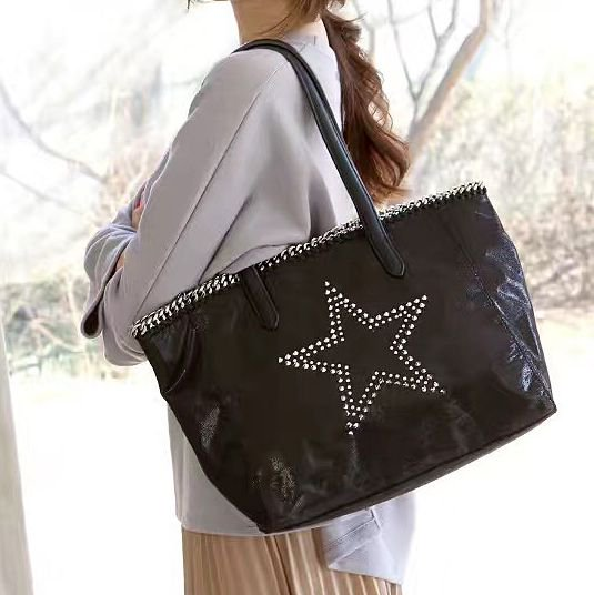 【大特価】ブラック スター 星 チェーントリム スタッズ ラージサイズ トートバッグ ショルダーバッグ 合皮 フェイクレザー …