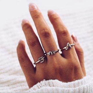 【大特価】2色展開 シルバー ピンクゴールド ラインストーン ビジュー アルファベット イニシャル リング 指輪 通販