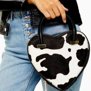 【大特価】ホワイトxブラック カウ柄 牛柄 アニマル柄 ハートデザイン ハンドバッグ インポート 通販
