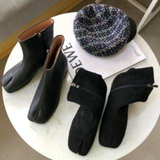 【大特価】2デザイン フェイクレザー 合皮 フェイクスエード ショートブーツ TABIブーツ タビブーツ 足袋ブーツ インポート 通販
