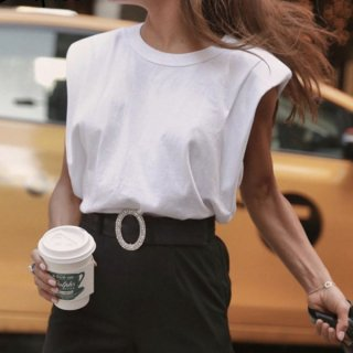 【大特価】2色展開 ブラック ホワイト 無地 シンプル クルーネック キャップスリーブ タンクトップ ノースリーブ Tシャツ 半袖 トップス カットソー 通販