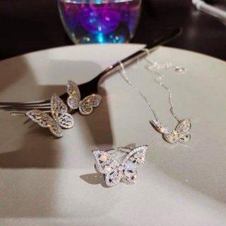 【大特価】3デザイン シルバー ラインストーン ビジュー 蝶々 バタフライ ネックレス ピアス リング 指輪 韓国 インポート 通販