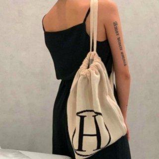 【大特価】4色展開 Hロゴ ニットバッグ ショルダーバッグ バッグパック リュック 巾着バッグ ドローストリングバッグ 韓国