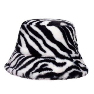 【大特価】ホワイトxブラック ゼブラ柄 アニマル柄 フェイクファー バケットハット 帽子 バケハ ファーハット 韓国