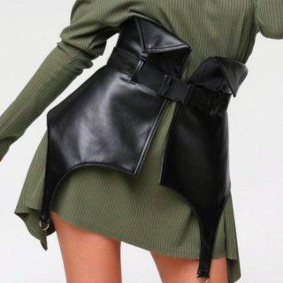 【大特価】ブラック フェイクレザー 合皮 ベルトストラップ ガーターベルト ビスチェ スカート レイヤード 重ね着 インポート 通販