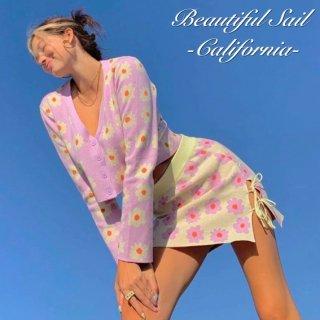 【大特価】パープル 花柄 フラワー デイジー フロントボタン クロップドトップス ニットカーディガン セーター インポート 通販