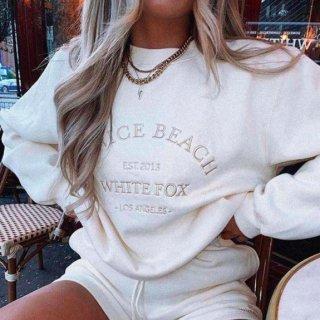 【大特価】ホワイト VENICE BEACH WHITE FOX フロントロゴ スウェット トレーナー プルオーバー トップス インポート 通販
