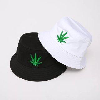 【大特価】2色展開 ホワイト ブラック ガンジャ マリファナ リーフ柄 バケットハット バケハ 帽子 インポート 通販