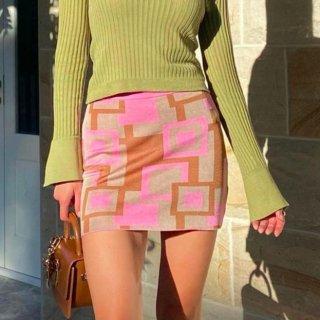 【大特価】ベージュxピンク 総柄 ジオメトリック柄 幾何学柄 タイトミニスカート ミニスカート インポート 通販
