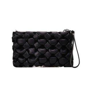 【大特価】4色展開 編み込みバッグ チェーンショルダーバッグ 編みデザイン シルバーチェーン ショルダーバッグ インポート 通販