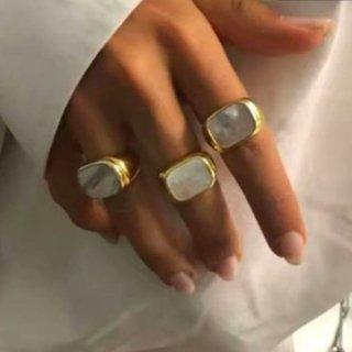 【大特価】2サイズ ゴールド シェルリング カレッジリング 指輪 スクエアリング インポートアクセサリー 通販