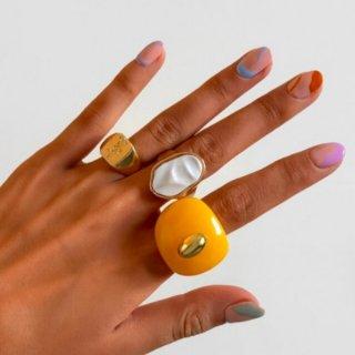 【大特価】ゴールド 3本セット イエロー アクリルリング 大ぶりリング 指輪 プラスチックリング クレイリング フェイクストーン リングセット
