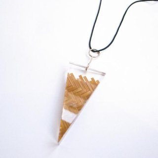 <img class='new_mark_img1' src='//img.shop-pro.jp/img/new/icons13.gif' style='border:none;display:inline;margin:0px;padding:0px;width:auto;' />SIRI SIRI BAMBOO PENDANT BAMBOO SPROUT-ladies/ BROWN