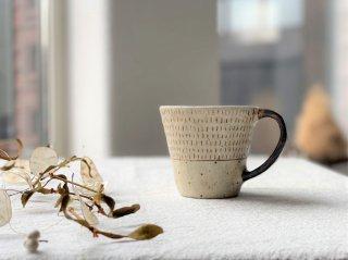 金成潤子 マグカップ